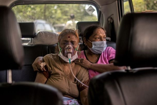 April 24, 2021: Patients who are infected with Covid-19 coronavirus can be seen wearing oxygen masks as free oxygen was supplied as a part of public service for the people in need by a Gurdwara or a Sikh Holy place amid the rising concerns over lack of oxygen in New Delhi, India.
