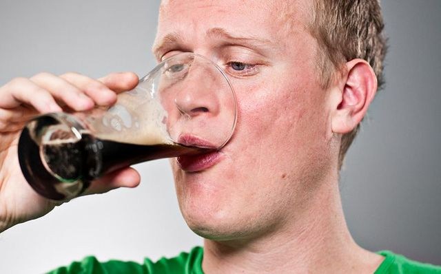 Should Ireland\'s legal drinking age be raised from 18 years old?