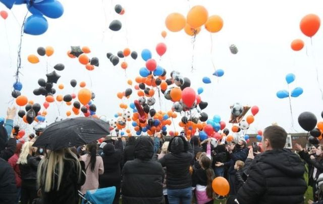 January 28, 2021: Mourners release balloons to commemorate teenager Josh Dunne, who was fatally stabbed on East Wall Road, Dublin. Families members, well-wishers, and loved ones gathered near his home on Coultry Green, Ballymun in Dublin.