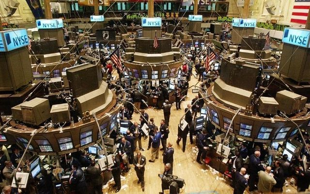 More than half of American households have no investments in the stock markets, despite record growths in recent years.