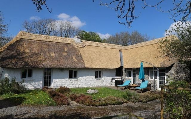 The thatched cottage in Craughwell, County Galway