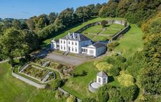Stone fort is the height of Georgian glamor in West Cork
