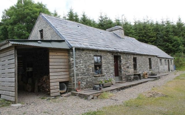 The cottage dates back to the early 1800s.