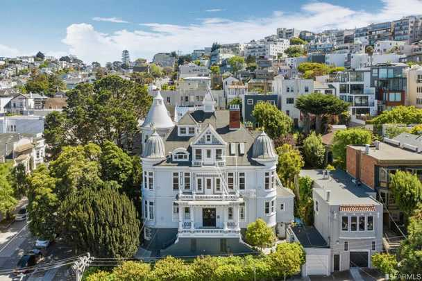 Alfred E Clarke Mansion, 250 Douglass Street at Caselli. in San Francisco.