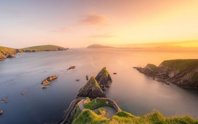 Ireland\'s island status would help it endure the collapse of civilization.