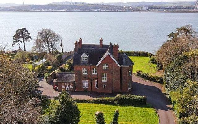 Coolgreine mansion overlooking Cork Harbour