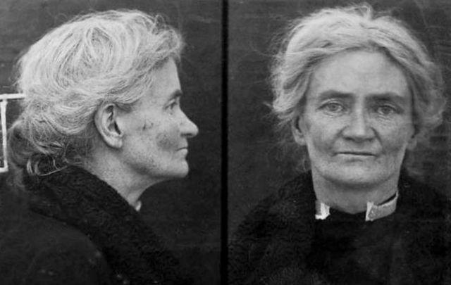 Violet Gibson\'s 1926 mugshot.