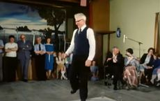 Incredible Irish door dancing shows sean nós talent at its best