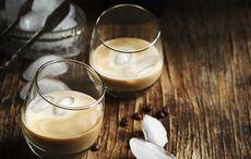 Baileys Irish Cream and Irish whiskey cocktail recipe