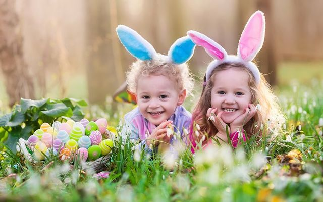Traditional irish easter blessings recipes and greetings from dinner to dessert to the special irish bread in hot cross buns a traditional irish easter is full of great recipes and fantastic easter food m4hsunfo