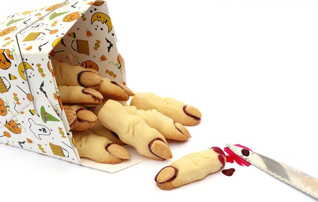 Chef Gilligan's witches' finger cookies