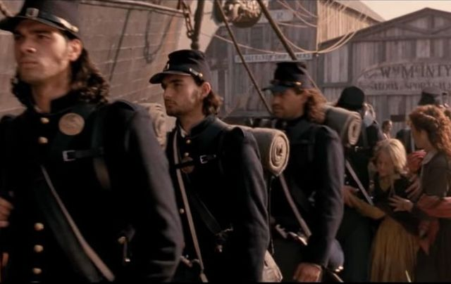 "How true was Martin Scorsese\'s depiction of Irish emigrants being recruited to the Union army in ""Gangs of New York\""?"