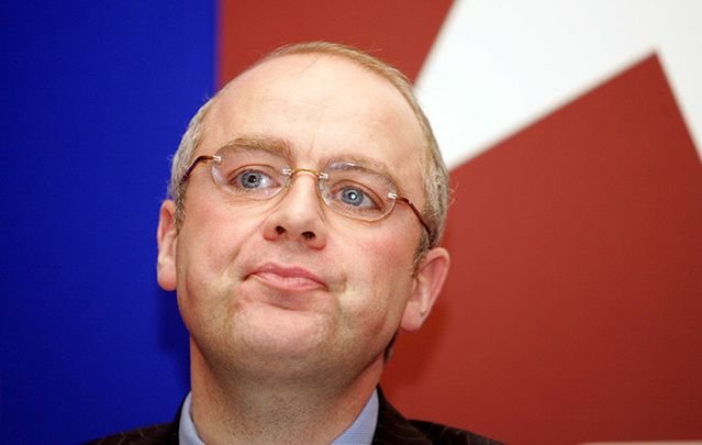 Former Anglo Irish CEO David Drumm has offered to return to Ireland now if the Irish government won't oppose bail.