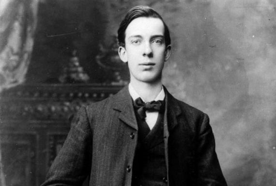 William Pearse, Irish revolutionary, was born on November 15, 1881.
