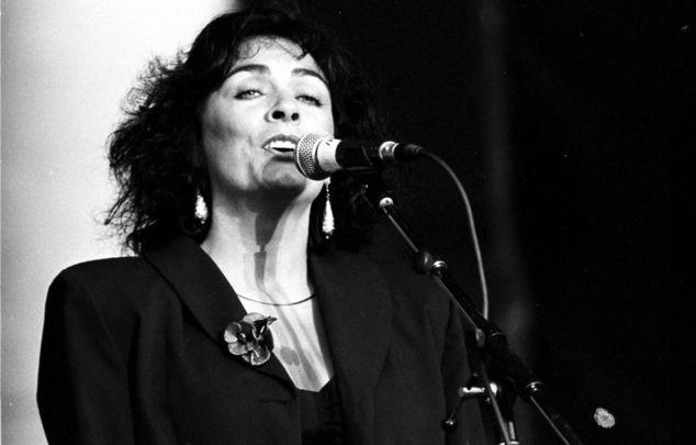 Irish vocalist Mary Black.