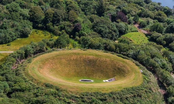 James Turrell\'s Irish Sky Garden: A living sculpture carved into the Irish landscape.