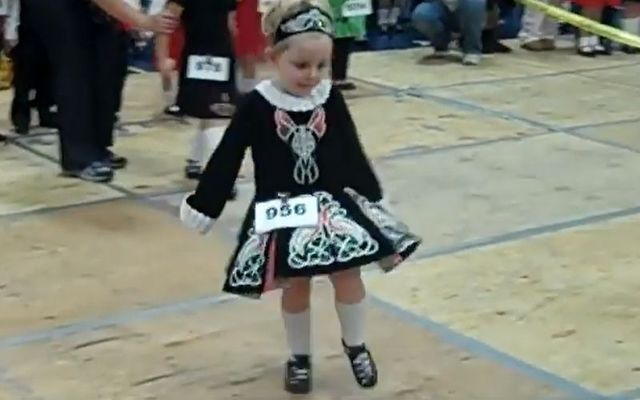 This tiny Irish dancer already knows how to win over a crowd!