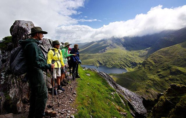 Expert's guide to seeing the beauty of the Emerald Isle. Grab your backpack and get exploring.