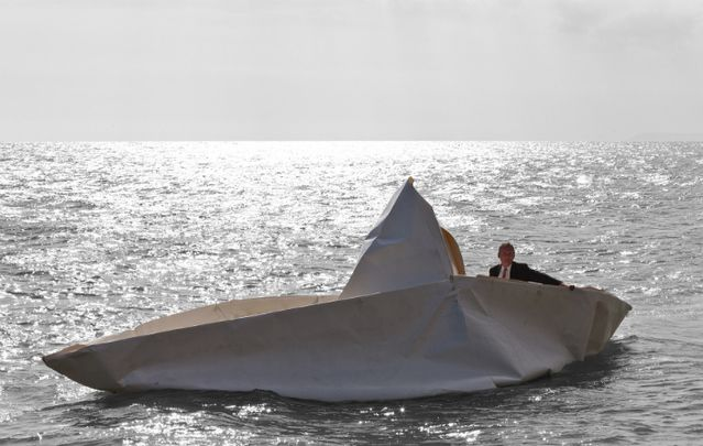 German artist Frank Bolter, and 60 Kinvara locals build 10-meter sea-worthy vessels using origami.