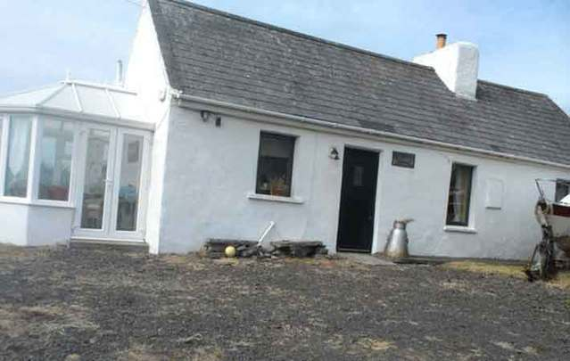 Bramble Cottage, Spanish Point, County Clare: You'll be surprised what $140k can buy you Ireland with prices remained 35.7 percent down from peak.