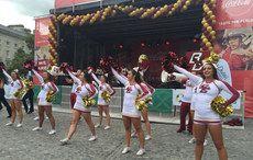 Thumb_mi-bc-cheerleaders-4