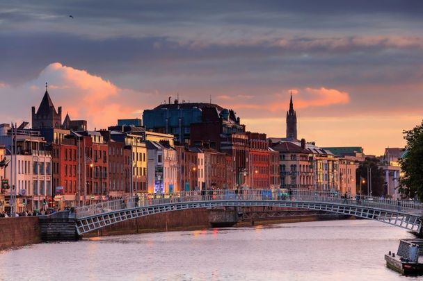 The pros and cons of living in Dublin, Ireland\'s capital city.