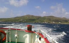 Thumb_mianmi-inishturk-from-the-boat-to-roonagh-pier-wikimedia