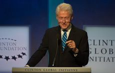 Thumb_cut_bill_clinton_at_70