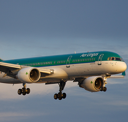 Cropped_aer-lingus-757