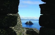 Thumb_cut_skelligs_island