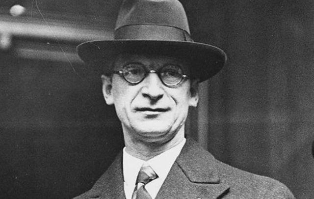 Éamon De Valera.