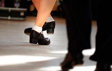 Tap dance vs Irish dance, the great dance-off begins