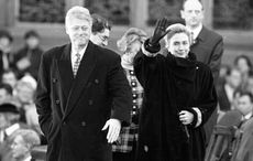 Thumb_cut_bill_clinton_hillary_northern_ireland_1005