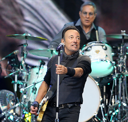 Cropped_bruce-springsteen-croke-park-2016-rolling-news