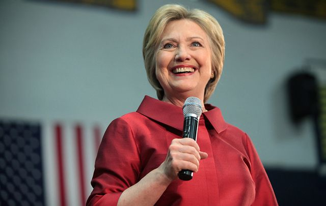 A poll of IrishCentral readers indicates a Hillary Clinton victory at 52%, with Trump trailing at 40%.