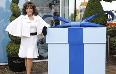 Thumb_cut_joan_collins_newbridge_1