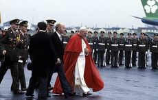 Thumb_cut_periscope_pope_john_paul_ii_in_dublin_in_1979