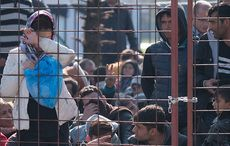 Thumb_refugee_camp_immigrants_istock