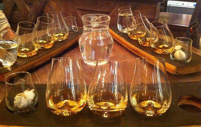 Tasting tray at the Irish Whiskey Museum.