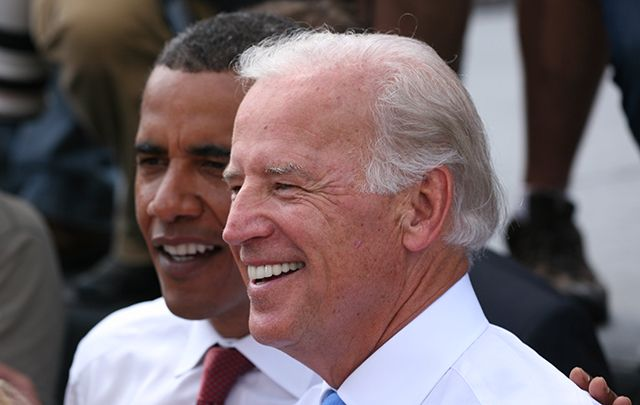 Joe Biden und Barack Obama in Springfield, Illinois, right after Biden was formerly introduced by Obama as his running mate in August 2008.