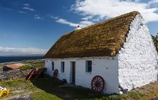 Thumb_thatched-cottage-istock