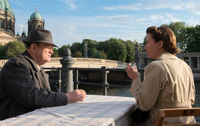 Brendan Gleeson and Emma Thompson in Alone in Berlin.