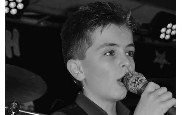 13-year old country singer Owen Mac.