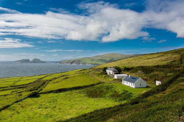 House overlooking Ireland\'s coastal views