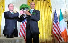 Thumb_enda_kenny_st_patricks_day_obama_shamrock_rollingnews