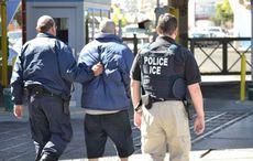 Thumb_ice_raid_immigration_raid