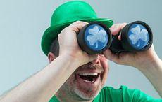Thumb_looking-st-patricks-day-binoculars