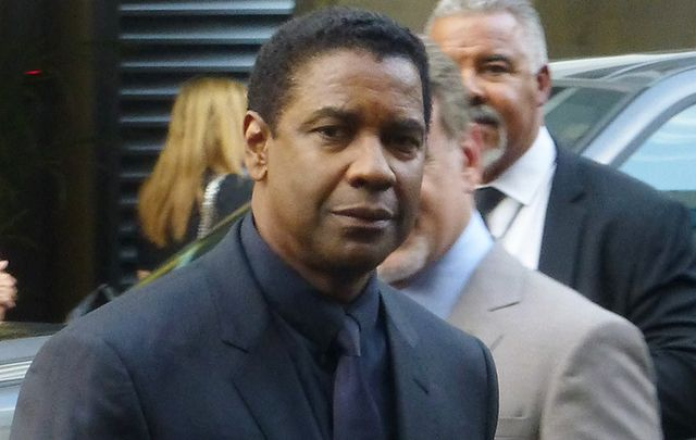 Oscar winner Denzel Washington reveals he'd slip into Shannon airport for a Guinness while his place refueled.