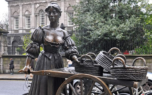 Throughout the years there have been over 75 statues and monuments populating the streets of the Irish capital, Dublin, including this, the famous Molly Malone in her old location.