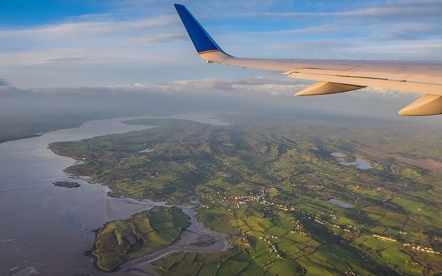 What\'s the cheapest way to get to Ireland this summer? IrishCentral did a bit of price comparison for you. \n